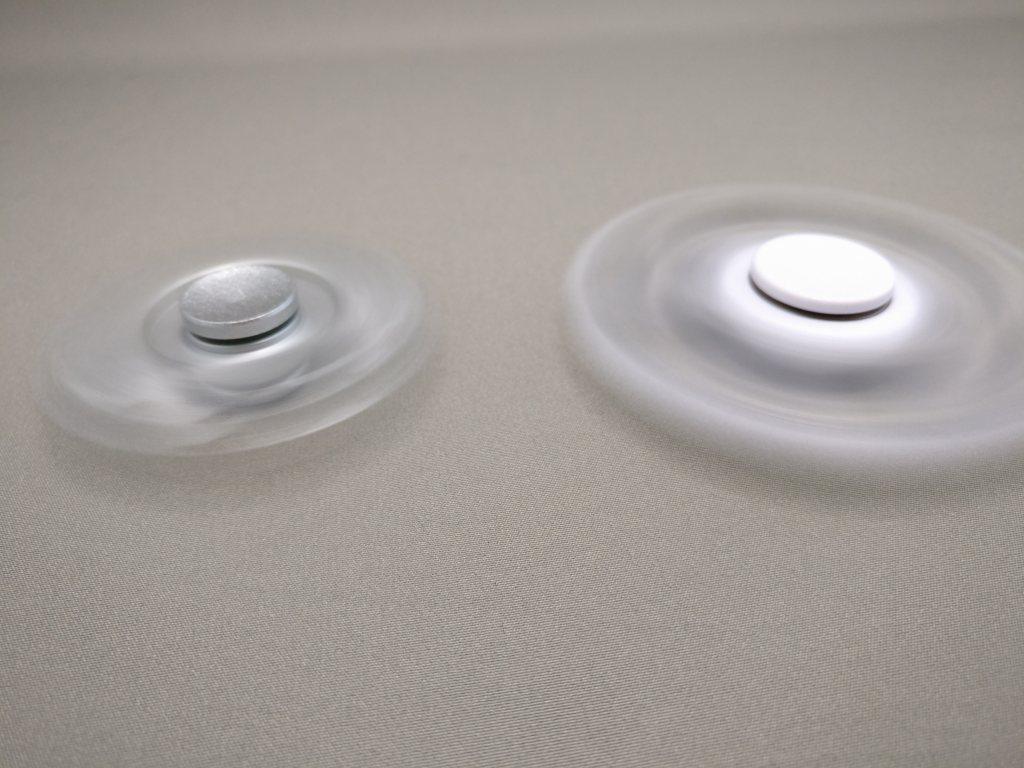 ハンドスピナー(hand spinner) 回転3