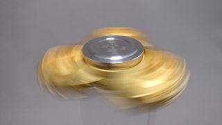 【ハンドスピナー10種その3】ジャイロ(Gyro)3連Fidget Spinner  GOLD レビュー 17%Offクーポンあり
