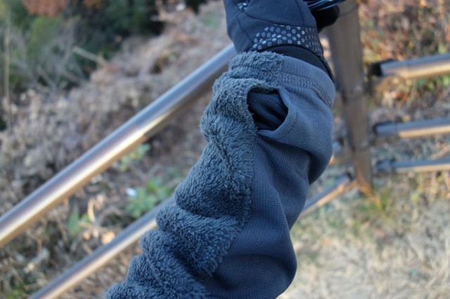 Mountain Hardwear Monkey Man Grid Zipper Jacket ハンドウォーマー