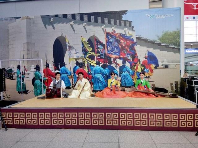 韓国伝統音楽もやってた