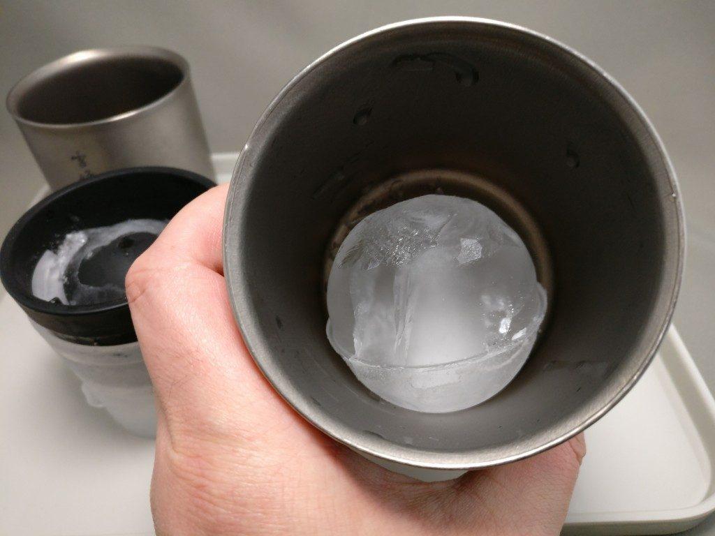 俺の丸氷 スノーピーク雪峰450に入れた ズーム