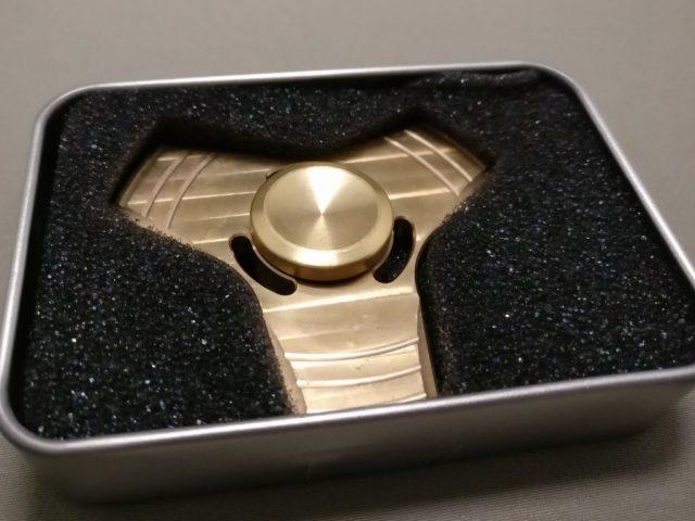 真鍮(Brass)3連 ハンドスピナー 開封