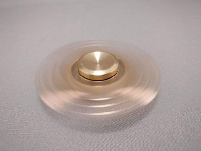 真鍮(Brass)3連 ハンドスピナー 回転