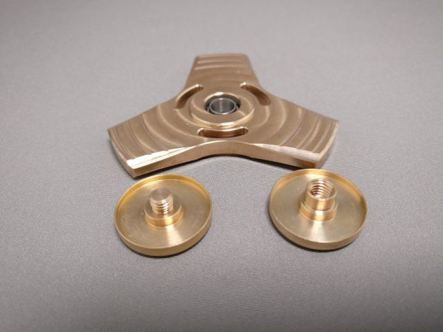 真鍮(Brass)3連 ハンドスピナー 軸解体