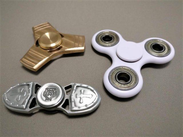 真鍮(Brass)3連 ハンドスピナー 比較2