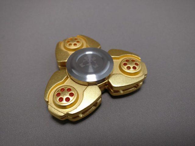 ジャイロ(Gyro)3連GOLD ハンドスピナー