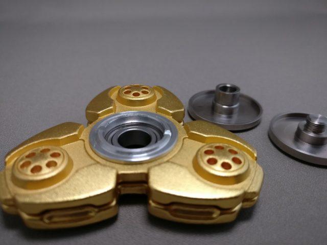ジャイロ(Gyro)3連GOLD ハンドスピナー 軸解体 2