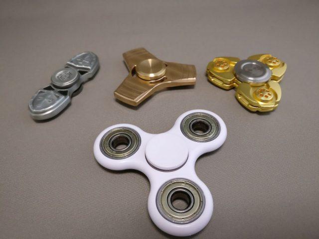 ジャイロ(Gyro)3連GOLD ハンドスピナー 比較2