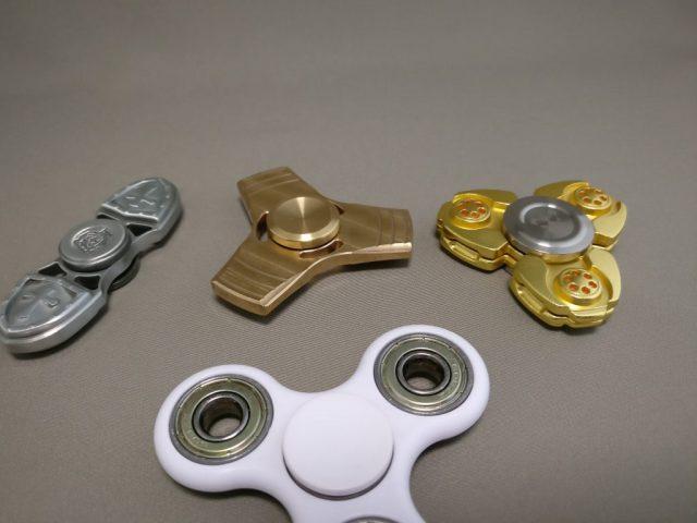 ジャイロ(Gyro)3連GOLD ハンドスピナー 比較1