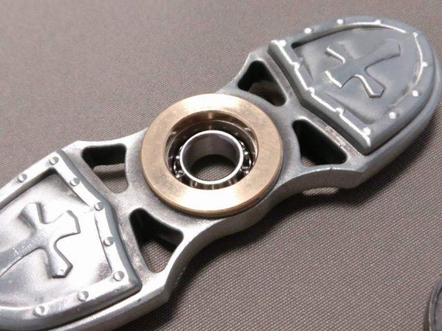 レトロクロス亜鉛合金Fidget Spinner 軸解体 銅
