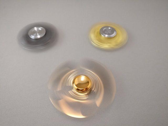 Spiral Peach Pentagonハンドスピナー 回転 他のやつと回転