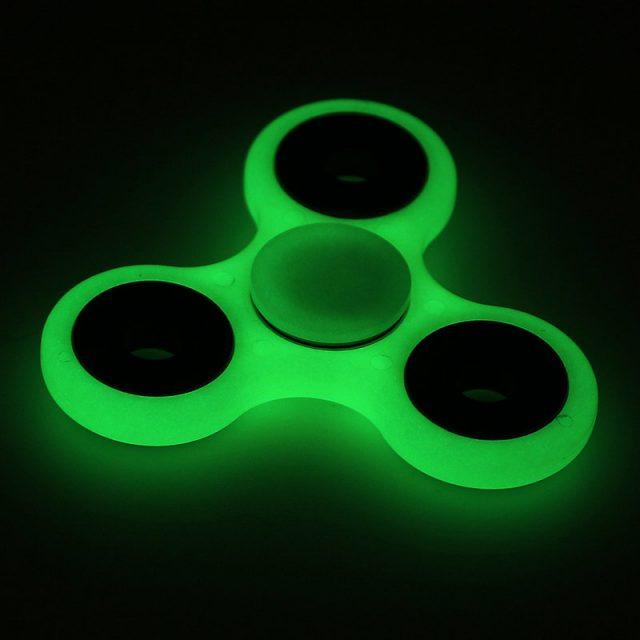 Luminous Green ハンドスピナー 夜光