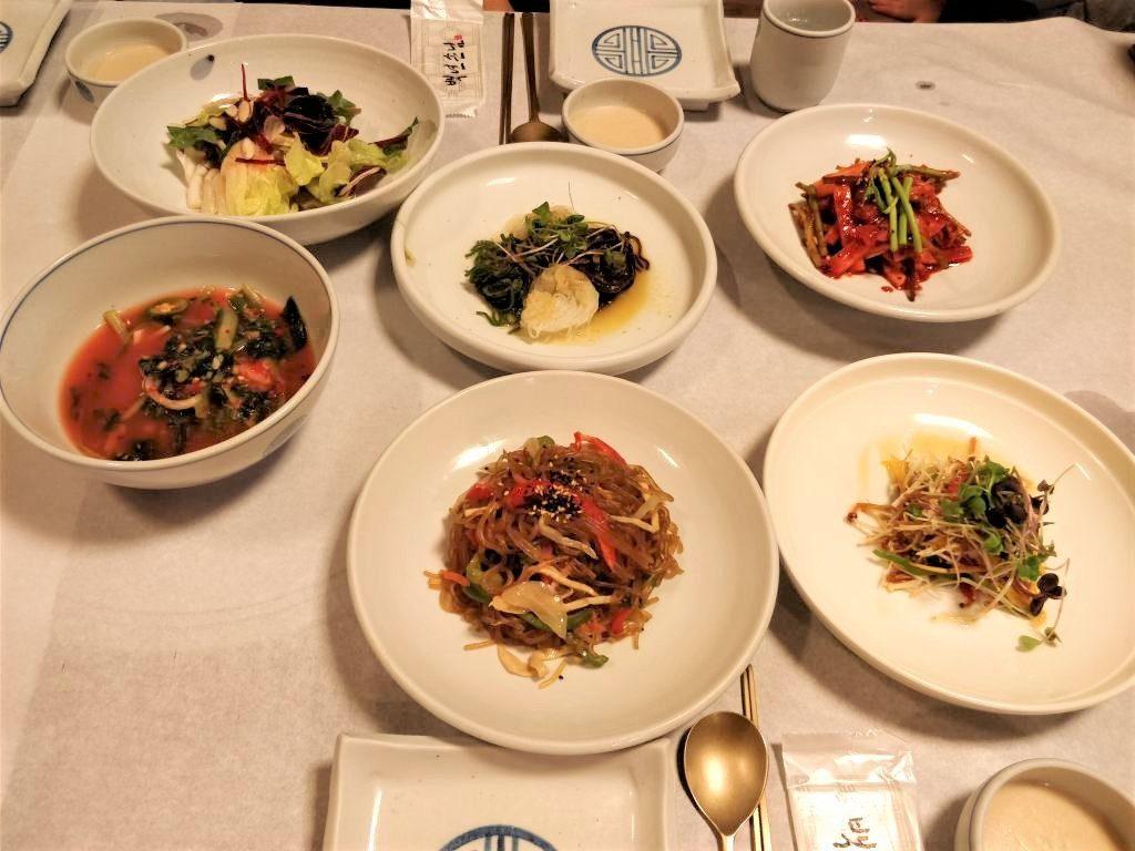 大邸 韓国伝統料理店 内容