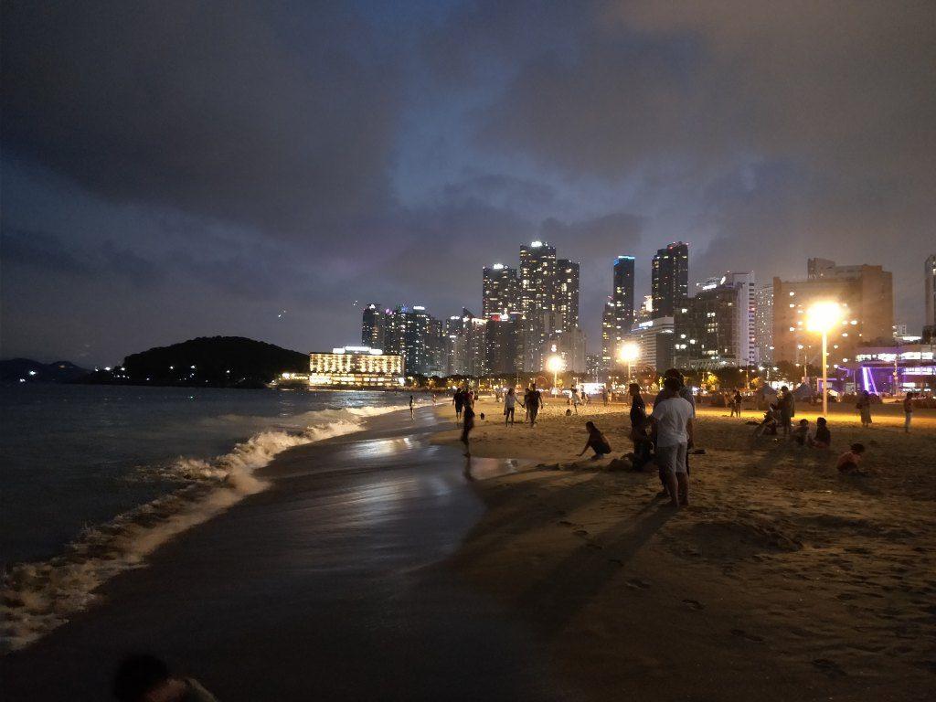 海雲台(ヘウンデ)ビーチ 夜