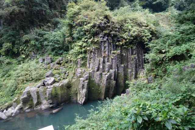 仙人の屏風岩