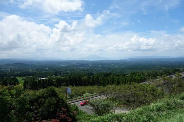 鹿児島市、桜島を一望できる