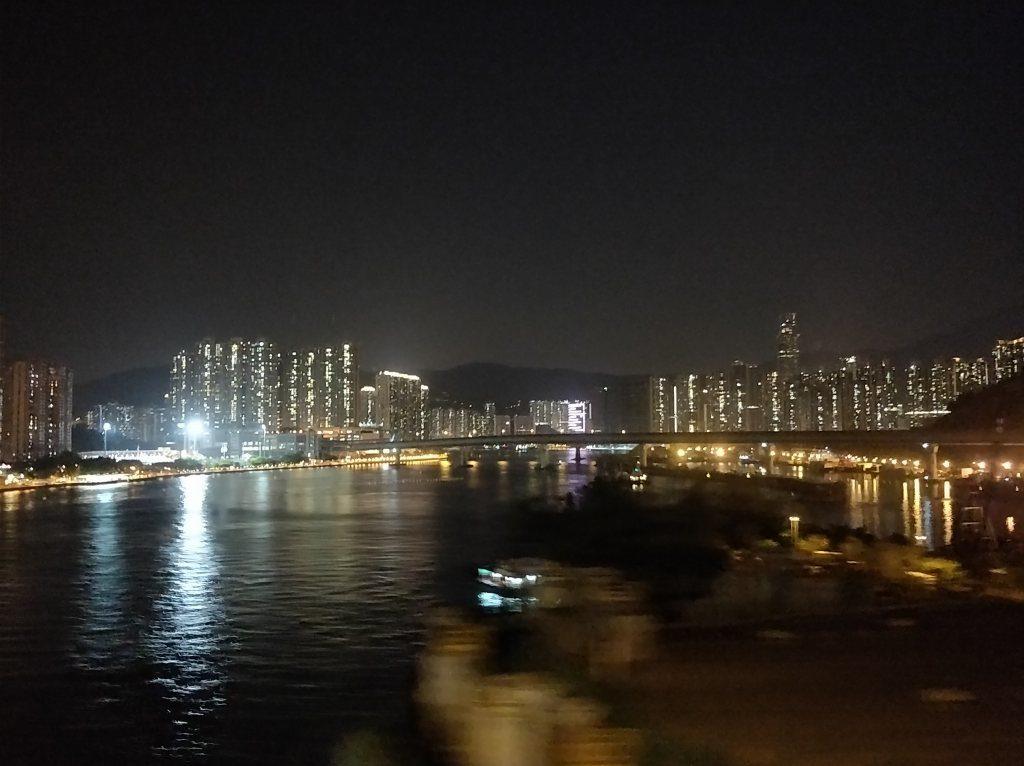 香港国際空港  高速バス 夜景