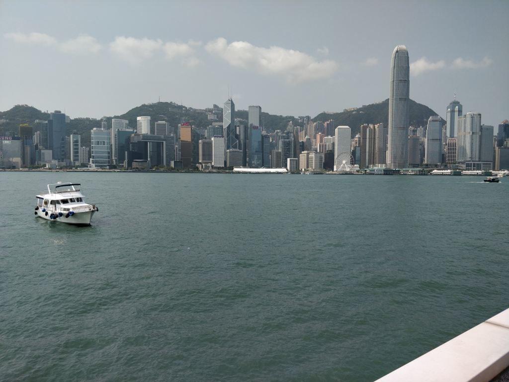 九龍公衆碼頭三号梯台 香港島